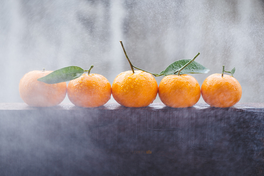 Yellow mandarins in the rain by Thai Thu on 500px.com