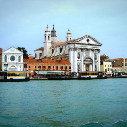 Venice, Sony DSC-W110