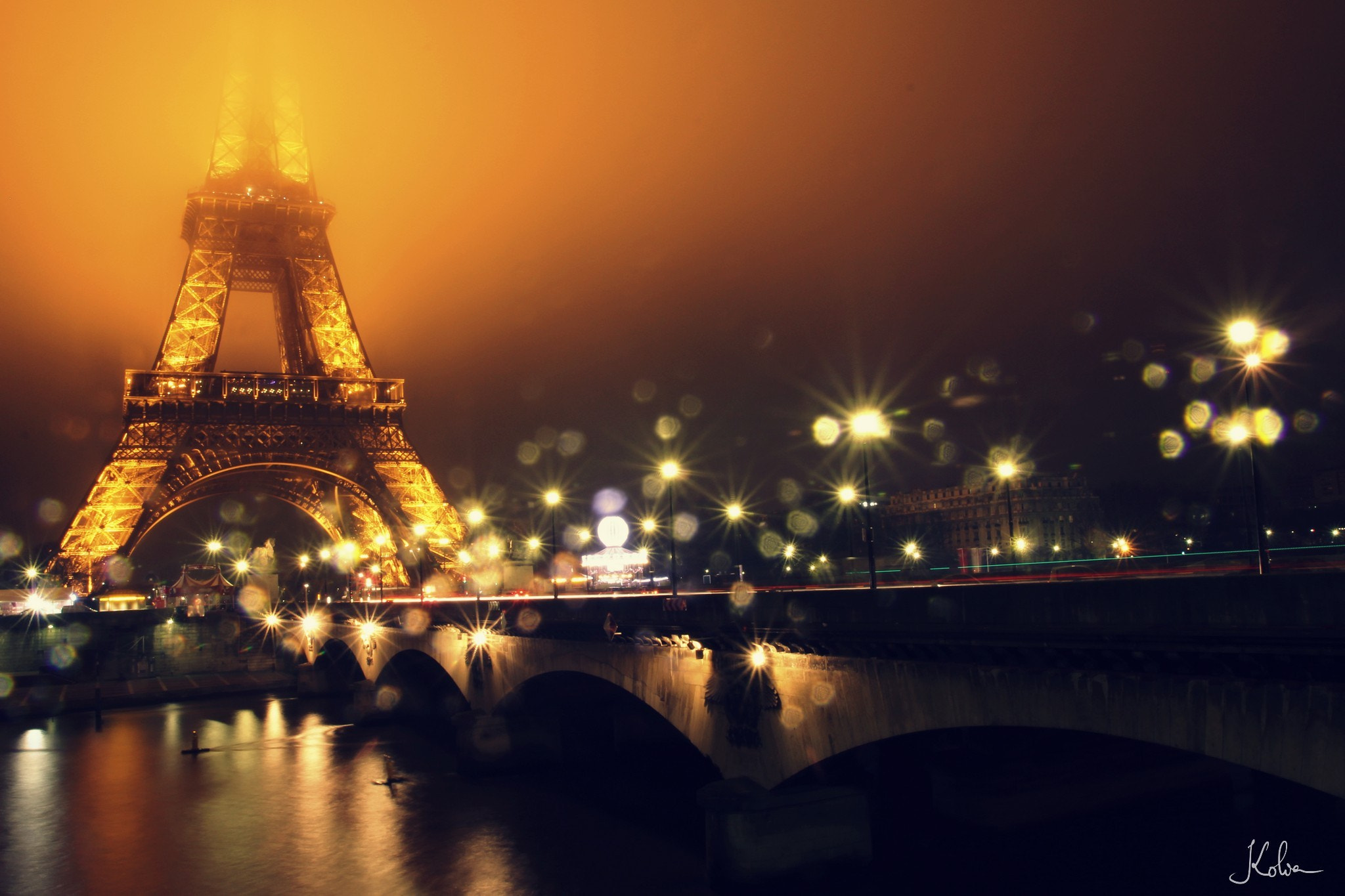 Photograph Blurred Eiffel by Kolia  on 500px
