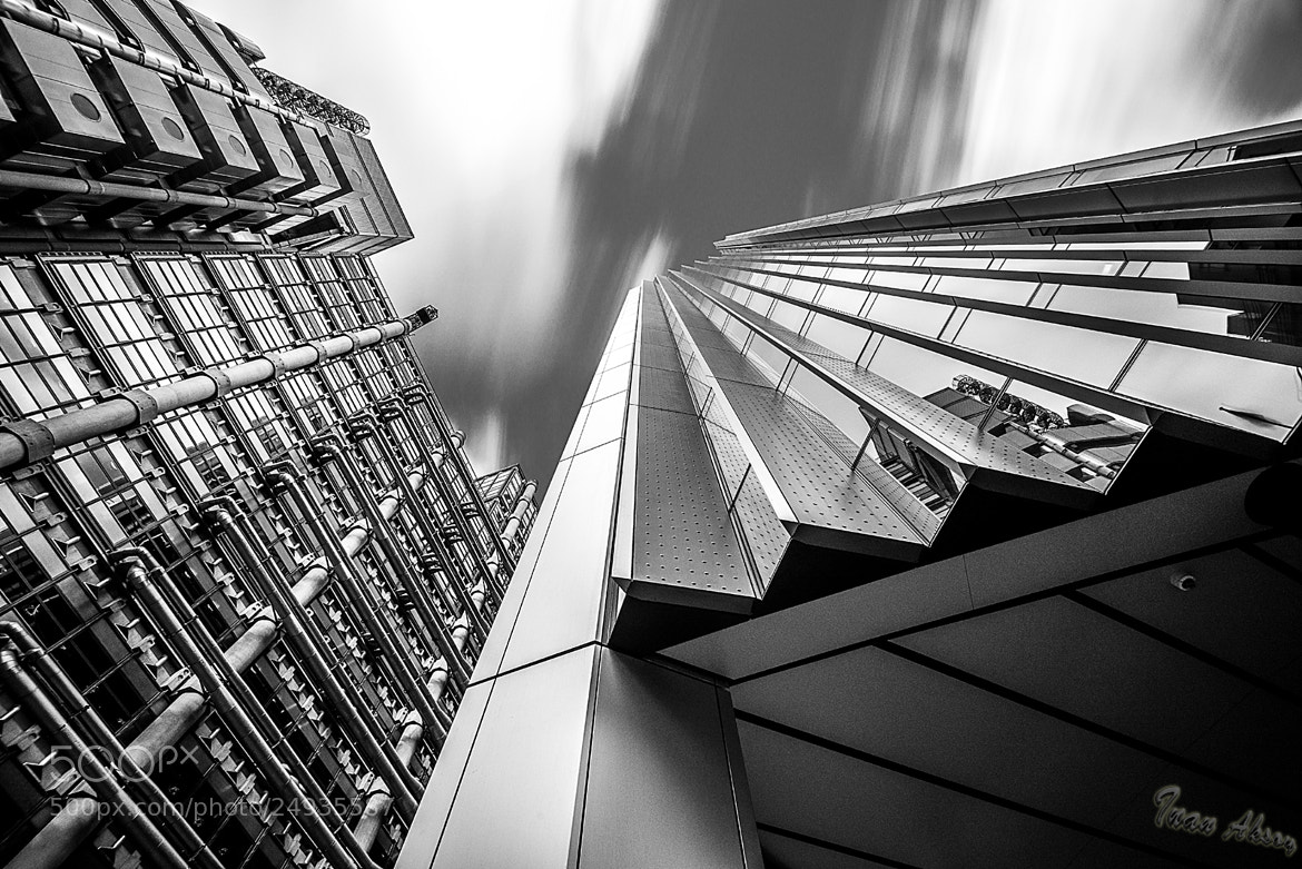 Photograph Lloyds Building vs The Willis Building by Inan Aksoy on 500px