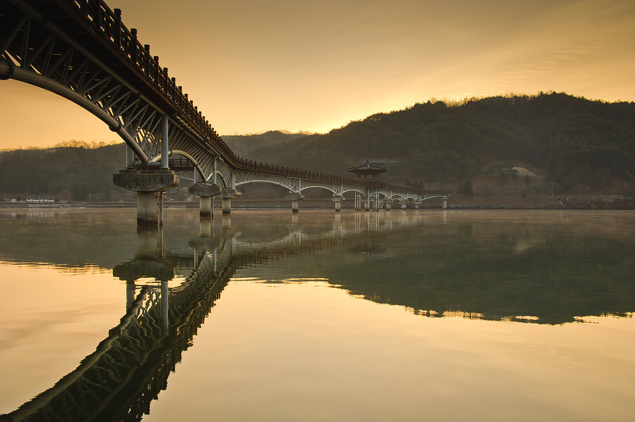 Photograph an dong 月映橋 by Cyclops Woo on 500px
