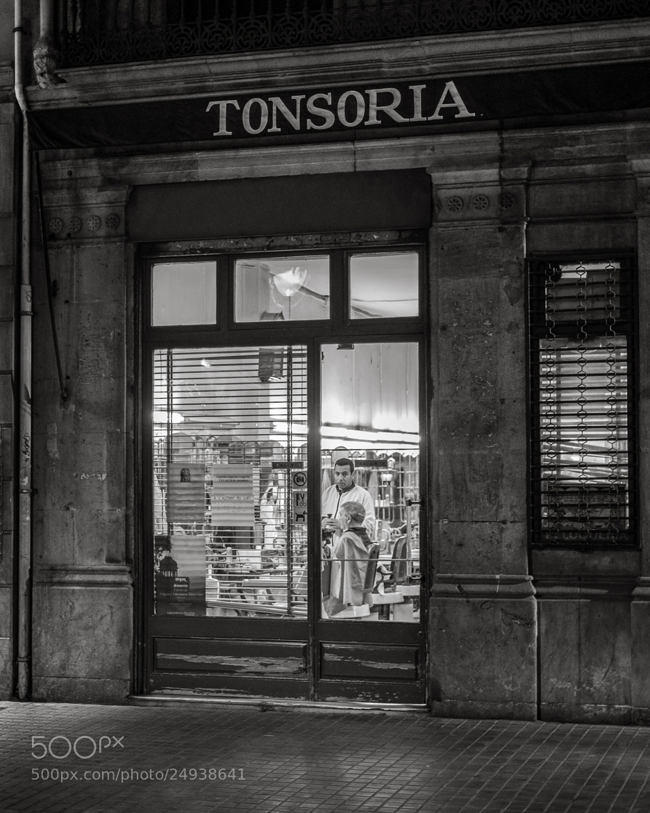 Photograph Tonsoria ~ Hair cutter by Joan Vega on 500px