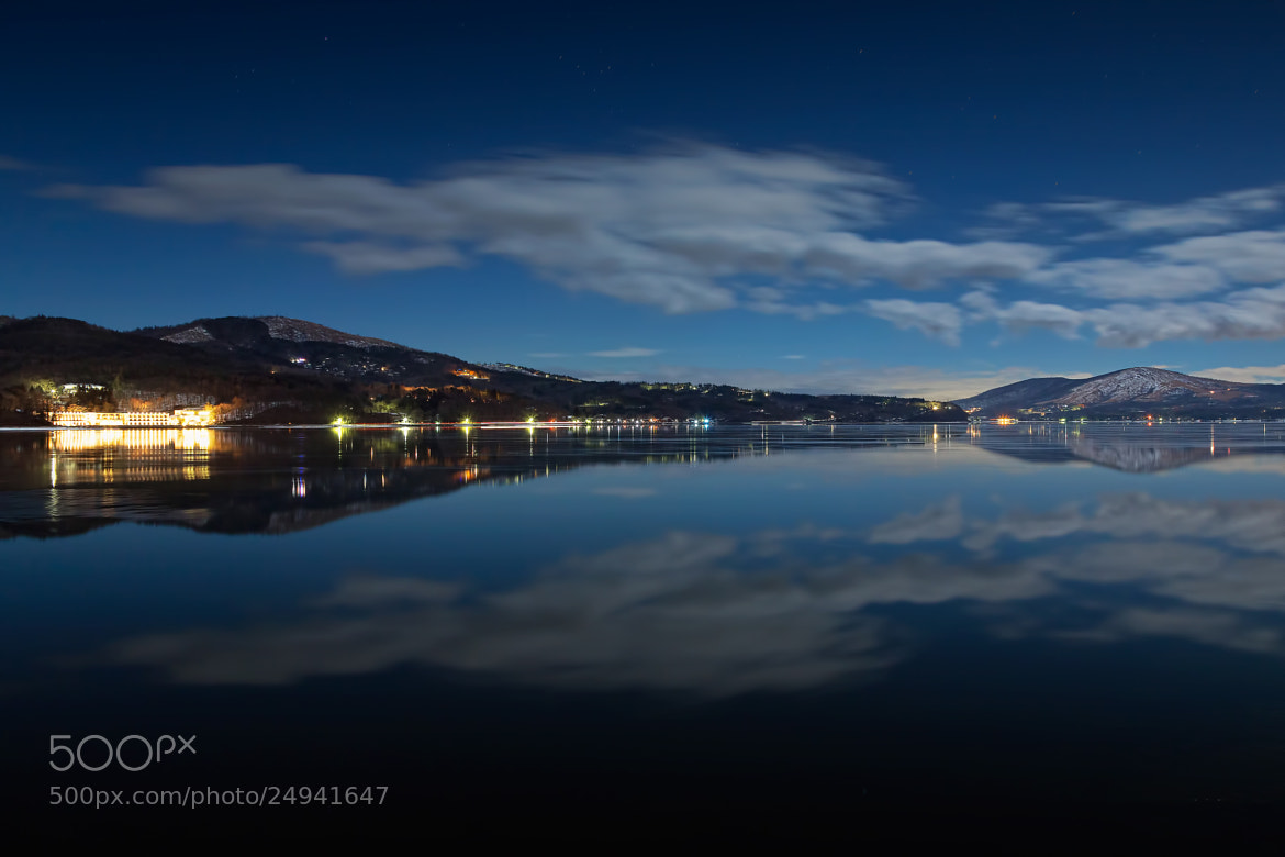 Photograph Lake and Night Sky by MIYAMOTO Y on 500px
