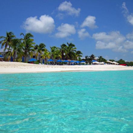 Anguilla Spiaggia rev.1, Canon POWERSHOT D10