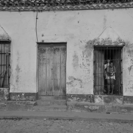 Living in Cuba, Canon DIGITAL IXUS 980 IS