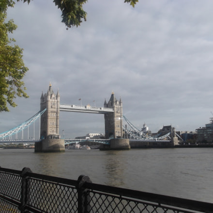 London?, Fujifilm FinePix JX370