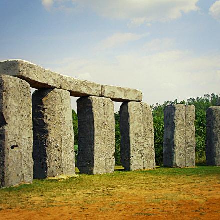 Stone Landmark, Sony DSC-P200