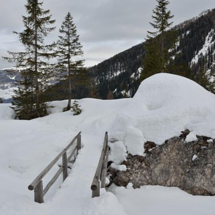 Winter Bridge, Nikon D5100, AF-S VR Zoom-Nikkor 24-85mm f/3.5-4.5G IF-ED