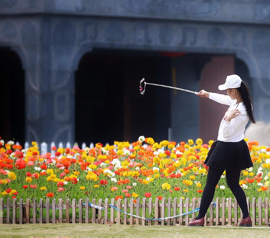 为朋友圈努力的姑娘 by RG Zhang on 500px.com