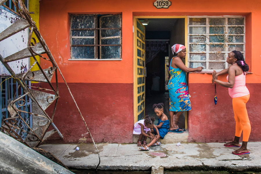 Life in Cuba at street number 1059 by Maryse Dardaillon on 500px.com