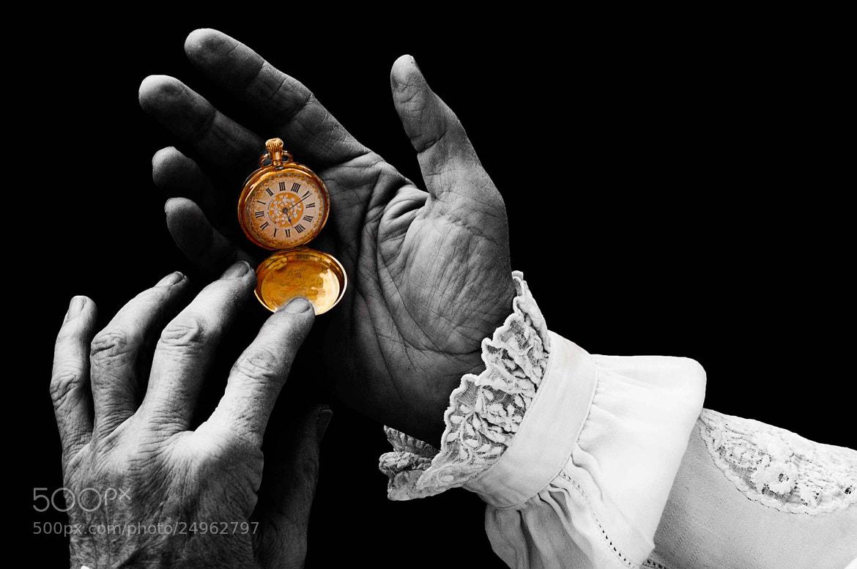 Photograph El tiempo es oro by Fotonesto Nikonesto on 500px