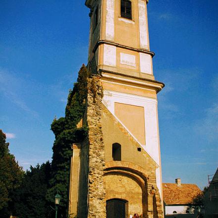 Half church, Nikon D70, AF-S DX Zoom-Nikkor 18-70mm f/3.5-4.5G IF-ED