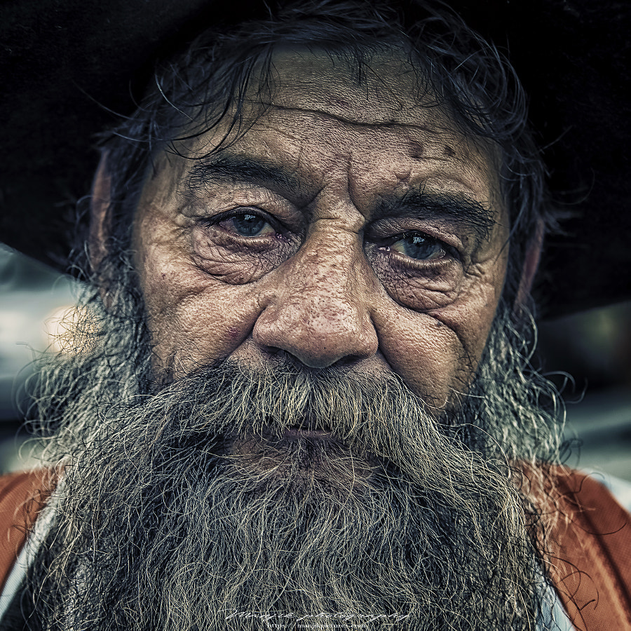 Italian portrait by Manjik Pictures on 500px.com