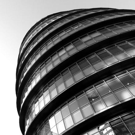 City Hall, London, Canon IXUS 275 HS