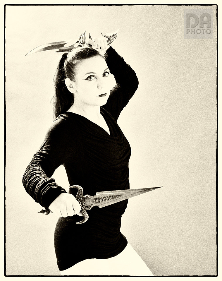 Photograph Lady knife by Dario Andreoni on 500px