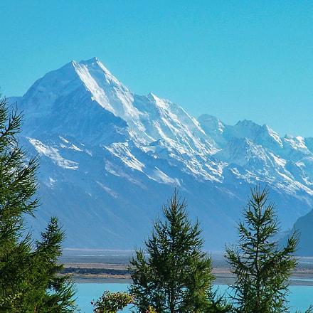 Distant shot of Mount, Fujifilm FinePix S20Pro