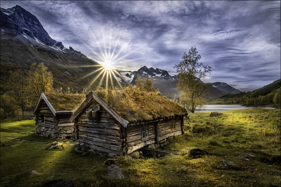 Renndølsetra by Georg Scharf on 500px.com
