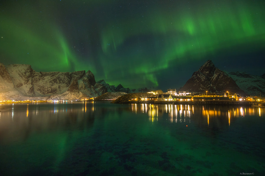 Green light by Andrew Bazanov on 500px.com