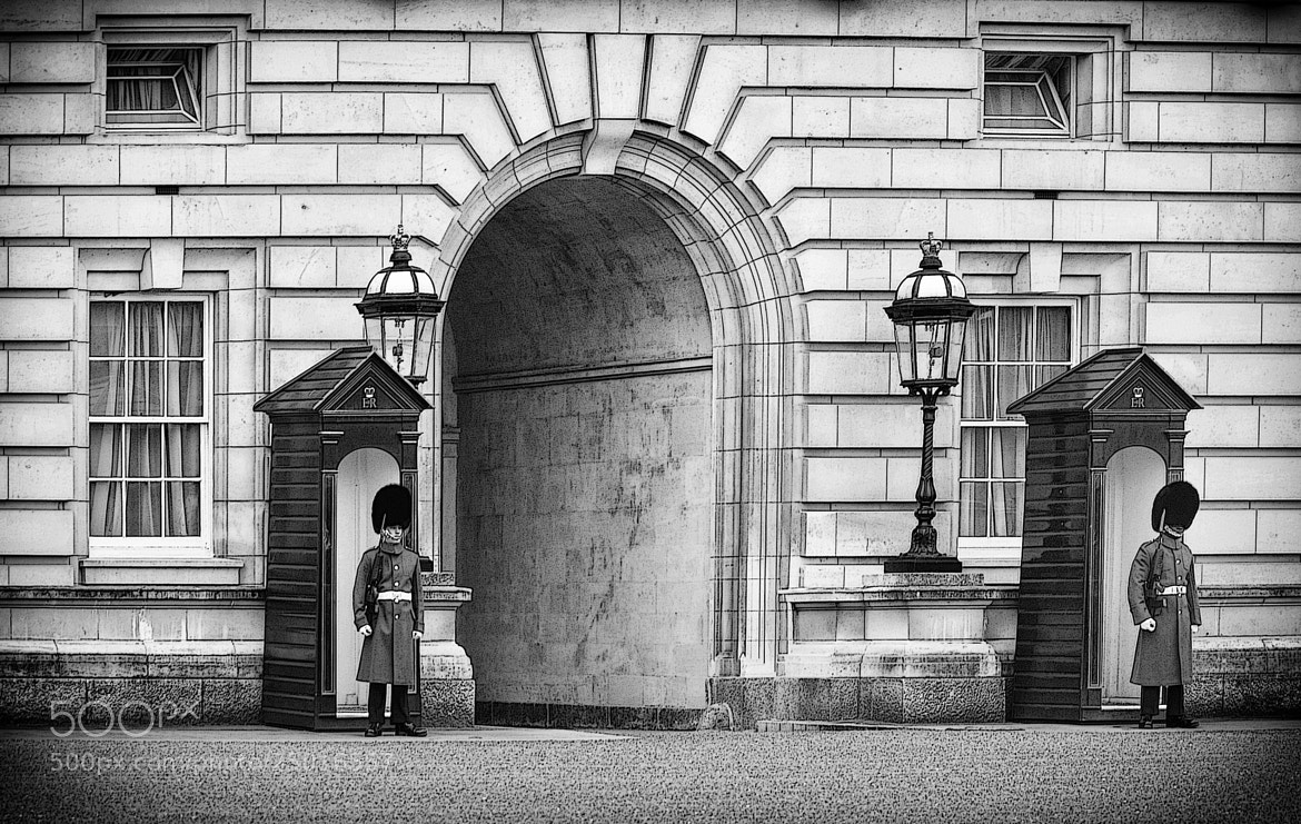 Photograph the guards of the Queen by mauro maione on 500px