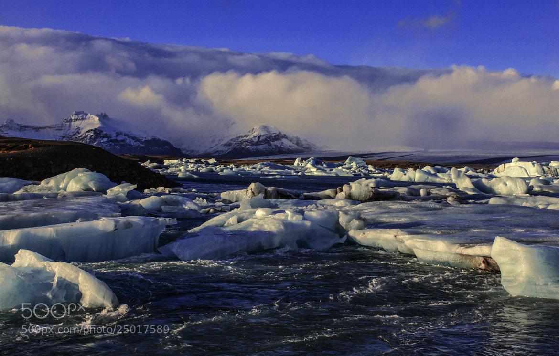 Photograph Icebergs flow by Manisha Desai on 500px