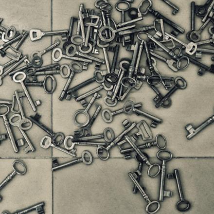 keys, Nikon COOLPIX P310