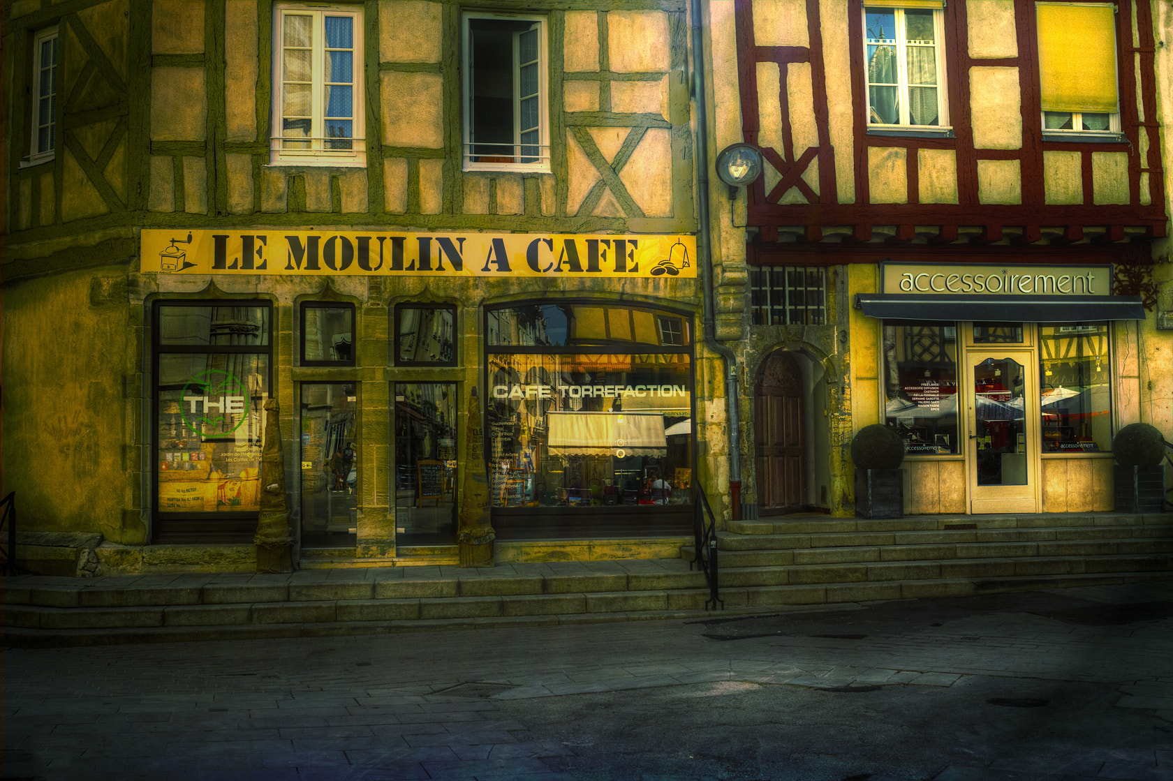 Photograph Le Moulin a cafe by Minusca Marini on 500px