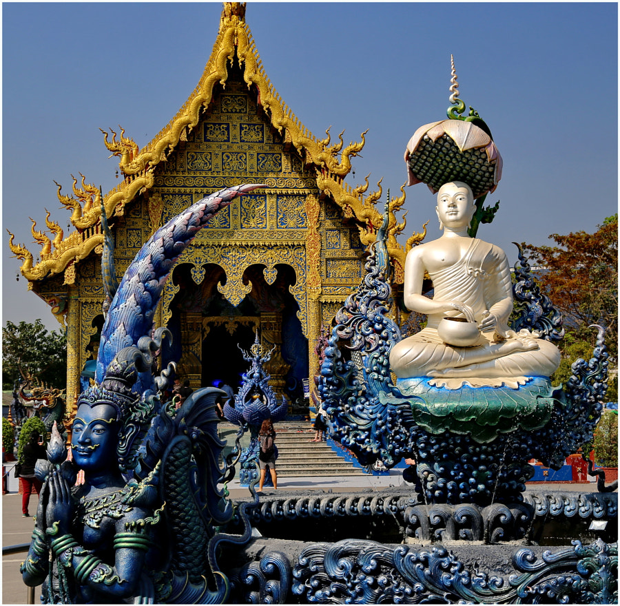 Wat Rong Suea Ten, Blue Temple front view by Ian Craven on 500px.com