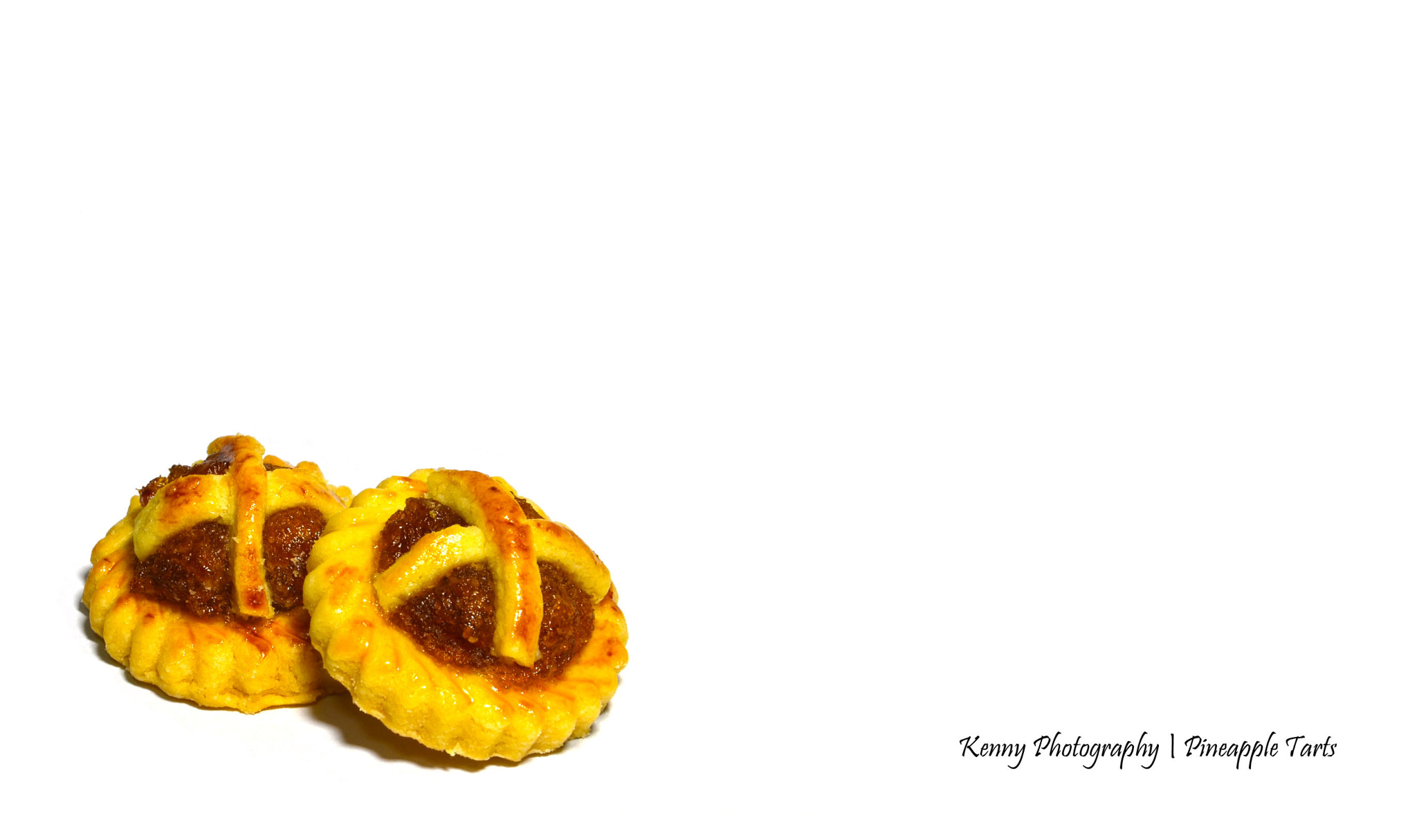 Photograph Pineapple Tarts by kennychua on 500px