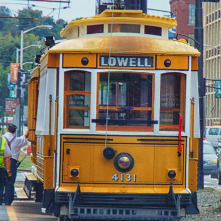 lowell trolley, Fujifilm FinePix S8400W