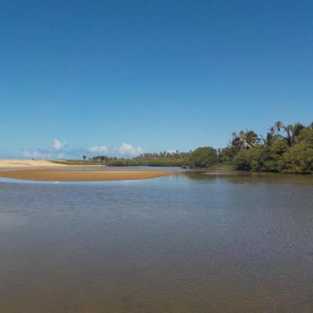 Imbassai river 2, Nikon COOLPIX W100