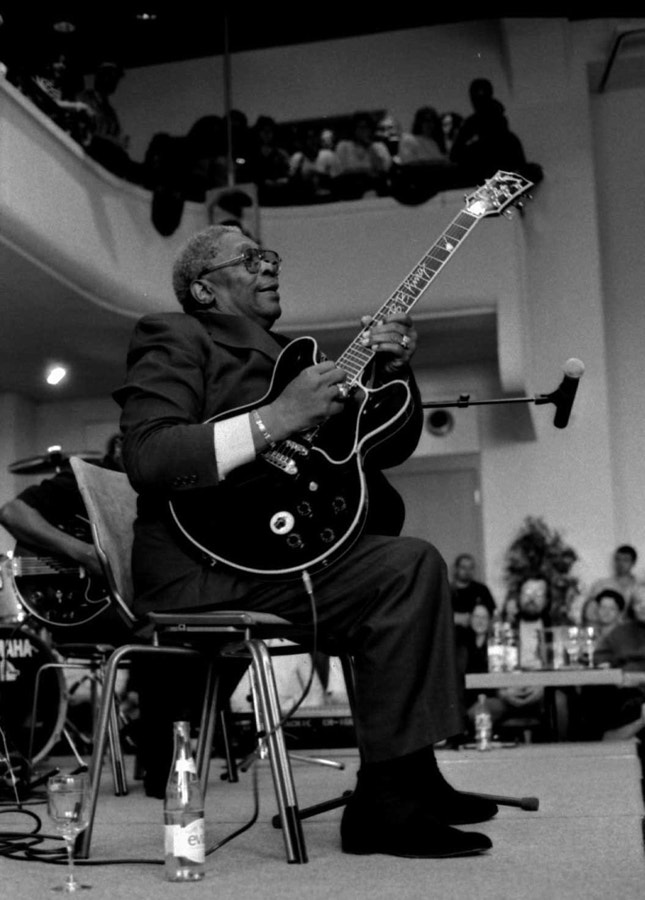 Photograph BB King show case in montreux jazz by Herpe ced on 500px
