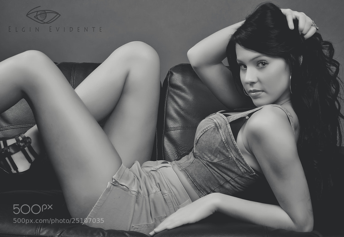Photograph sarah bw by Elgin Evidente on 500px
