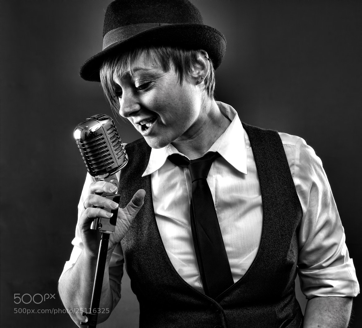 Photograph Kelly the crooner by Mark Tizard on 500px