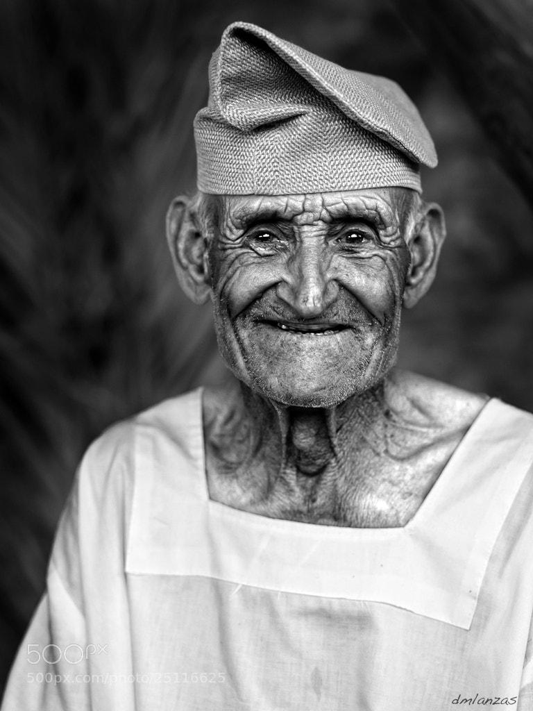 Photograph Anciano Portugués by David Marquez on 500px