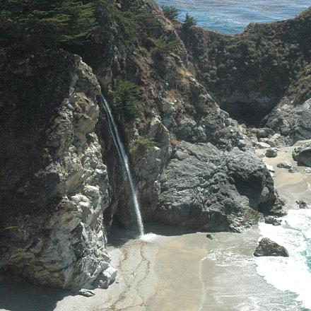 Beach Waterfall, Nikon D70, Sigma 55-200mm F4-5.6 DC