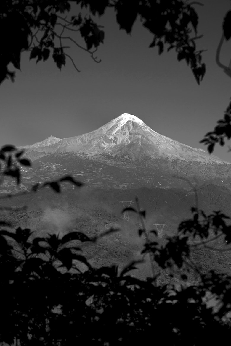 Photograph Citlaltepetl in monocrome by Cristobal Garciaferro Rubio on 500px