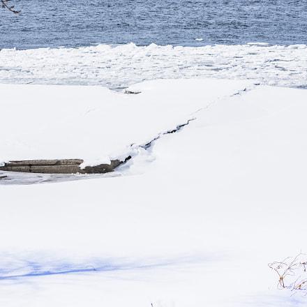 Quai sous la glace