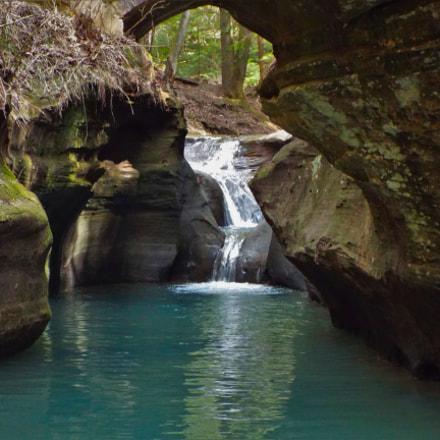 Devil's Bathtub Waterfall, Fujifilm FinePix S8300