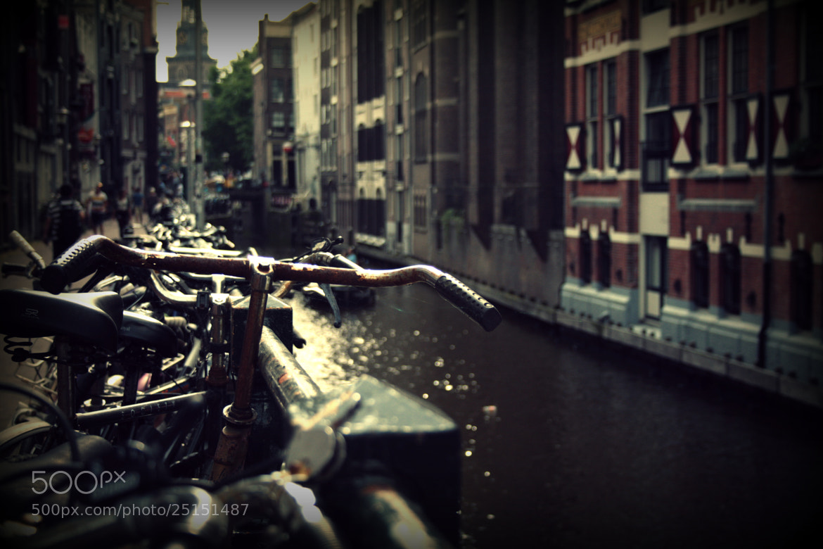 Photograph Erre corazón Ámsterdam. by Raquel Sanz on 500px