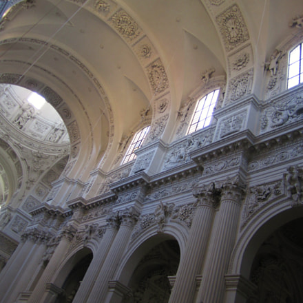 Theatine Church Munich, Canon POWERSHOT SD1400 IS