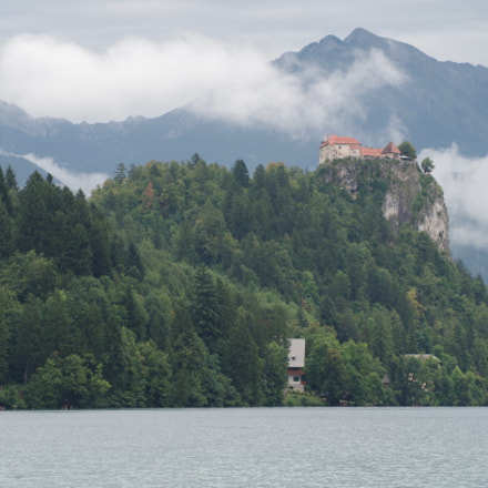 Bled Castle at Summer, Pentax K-50, smc PENTAX-DA* 50-135mm F2.8 ED [IF] SDM