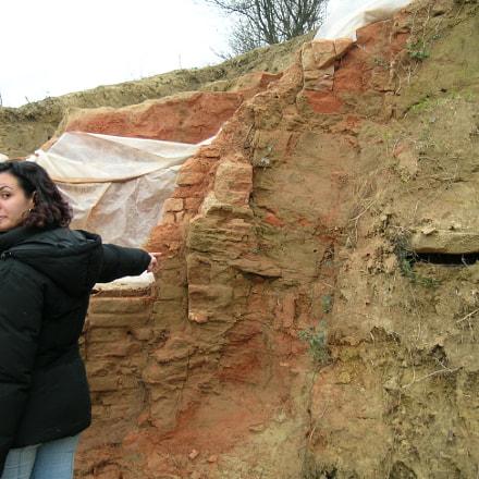 Attenzioni sullo scavo, Nikon E5400