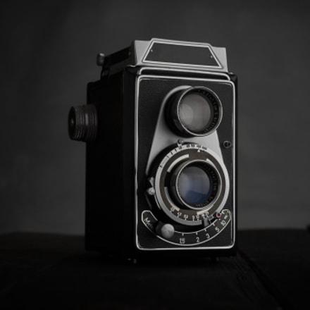 Old vintage retro Twin, Nikon D90, AF-S DX Micro Nikkor 40mm f/2.8G