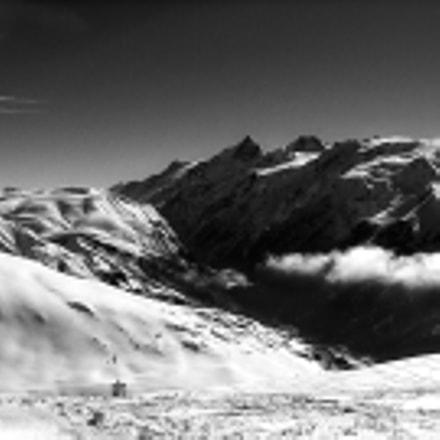 Alpe D'Huez B&W pano