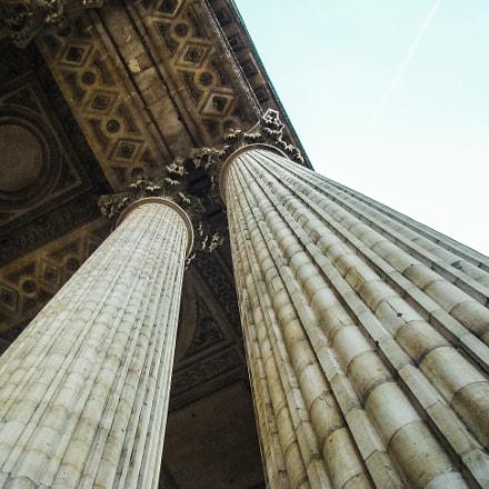Columns in Paris, Sony DSC-H9