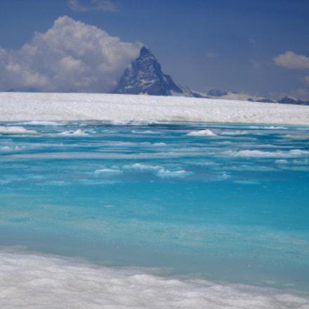 Blue lake, Nikon COOLPIX L20