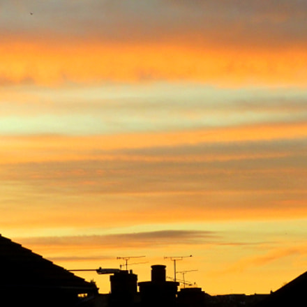 Sunrise over Rayleigh, Essex, Canon POWERSHOT SX210 IS