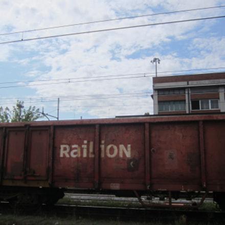Rusty wagon, Canon IXUS 115 HS