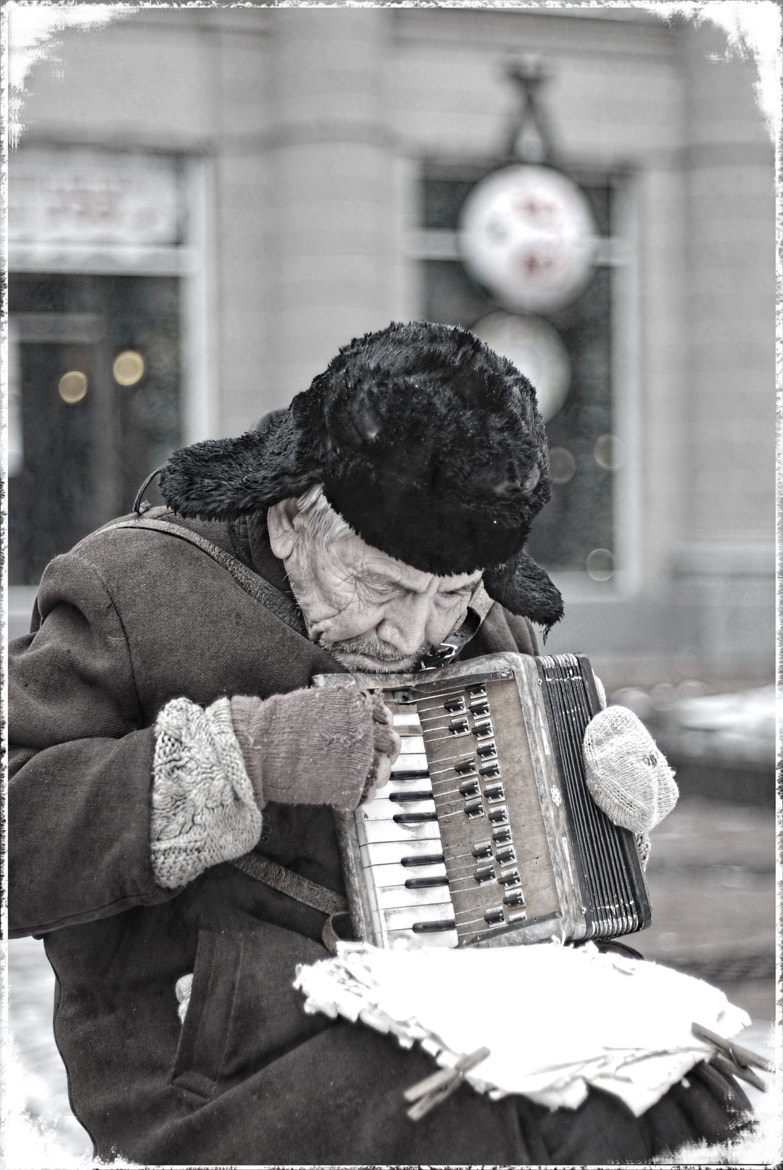 Photograph Old man with accordion by Dmitriy Beketov on 500px