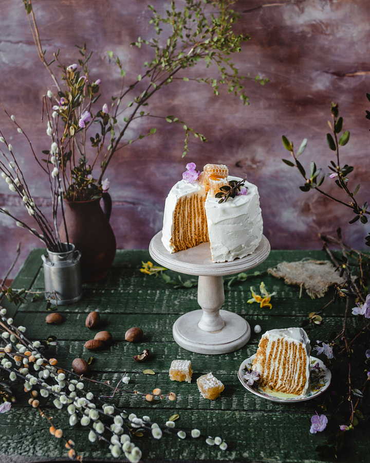 Vertical honey cake by Marina Kuznetcova on 500px.com